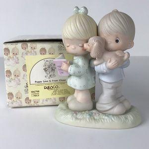 Precious Moments Puppy Love figurine